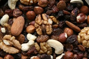 7 Healthy & Tasty Snack Ideas For The Road Travel, Workouts...